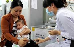TP.HCM: Vaccine 5 trong 1 dịch vụ hết hàng