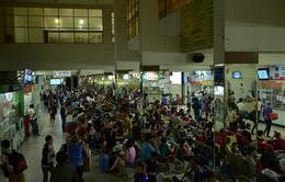TP.HCM: Gần 200.000 người về quê đón Tết mỗi ngày