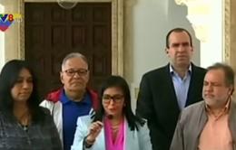 Căng thẳng ngoại giao giữa Canada và Venezuela