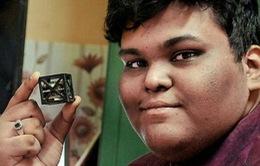 Học sinh lớp 12 chế tạo vệ tinh nhẹ nhất thế giới