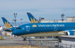 Vietnam Airlines áp dụng mức thu phí phục vụ hành khách theo quy định mới
