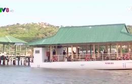 Ninh Thuận đưa vào hoạt động nhà hàng nổi đạt chuẩn trên vịnh Vĩnh Hy