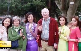 Áo dài - Niềm kiêu hãnh của người Việt xa xứ