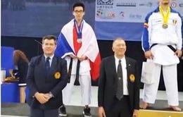 Hai chàng trai gốc Việt đoạt giải vô địch karate châu Âu
