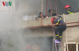 Lâm Đồng: Hỏa hoạn nghiêm trọng trong tầng hầm chứa đồ