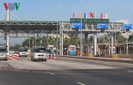 Xe tải né trạm thu phí gây mất an toàn các tuyến đường ở Tiền Giang