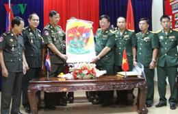 Trao tặng tác phẩm viết về quan hệ Việt Nam - Campuchia