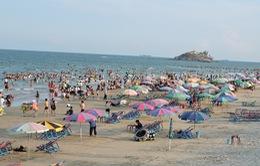 Vũng Tàu: Tết đầu tiên không còn cảnh xả rác, ăn nhậu trên bãi biển