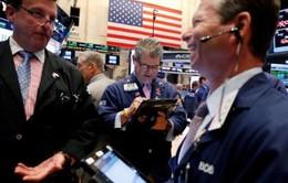 Chứng khoán Mỹ tăng điểm mạnh do hiệu ứng tích cực từ dự luật thuế
