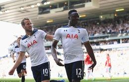 Chuyện lạ: Sao Tottenham được đặt tên đường cho quốc gia... vừa đến du lịch