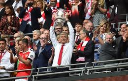 HLV Wenger lập lỷ lục sau khi vô địch FA Cup