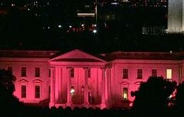 Nhà Trắng chuyển sang màu hồng