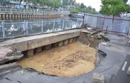 11 điểm có nguy cơ sụt lún trên đường ven kênh Nhiêu Lộc - Thị Nghè