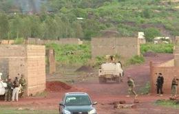 Tấn công khủng bố khu nghỉ dưỡng ở Mali