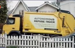 Xe thu gom rác thải tự động
