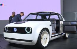 Các nước khuyến khích sử dụng xe điện để giảm phát thải carbon