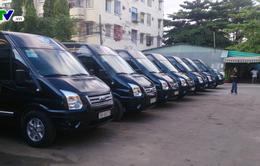 Hà Nội: Xử phạt hàng loạt xe dù núp bóng xe VIP, xe hợp đồng
