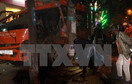 Đắk Lắk: Xe chuyển phát nhanh gây tai nạn 4 người bị thương nặng