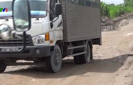 Ngăn chặn xe quá tải đi vào khu vực cảng Khuyến Lương