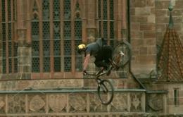Nicholi Rogatkin vô địch giải xe đạp biểu diễn Best Trick