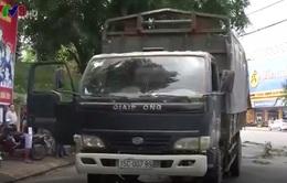 Va chạm giữa xe tải và xe máy, 1 người tử vong