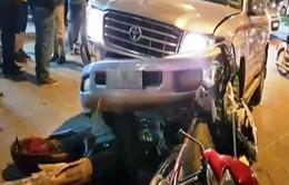 Ô tô gây tai nạn liên hoàn tại Hà Nội