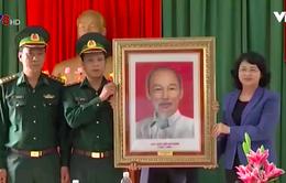 Phó Chủ tịch nước thăm và chúc Tết tại Tây Giang