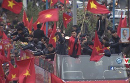 VIDEO: Những hình ảnh đẹp và xúc động trong lễ đón ĐT U23 Việt Nam