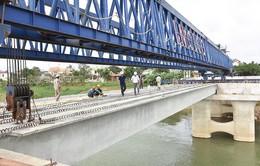Quảng Ngãi hợp long cầu Thạch Bích vượt sông Trà Khúc