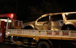 Đà Lạt: Ô tô 7 chỗ lao xuống hồ Xuân Hương trong đêm