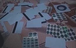 Cao Bằng: Bắt giữ đối tượng đưa thẻ và phôi ATM giả vào Việt Nam tiêu thụ