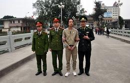 Quảng Ninh: Trao trả đối tượng truy nã cho công an Trung Quốc