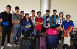 10 sinh viên Việt Nam được sơ tán khỏi Palu bằng máy bay quân sự