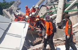 Indonesia nỗ lực tìm kiếm, giải cứu các nạn nhân mắc kẹt sau động đất và sóng thần