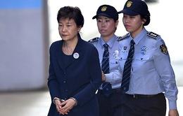 Cựu Tổng thống Park Geun-hye bị gia hạn tạm giam
