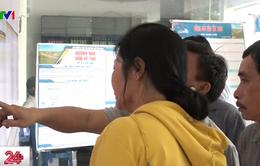 Ngày đầu bán vé tàu Tết: Hành khách đông nhưng trật tự
