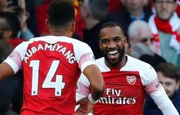 Giúp Arsenal thăng hoa, Lacazette ẵm cú đúp danh hiệu