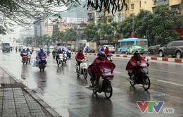Bắc Bộ và Thanh Hóa có mưa to, dông mạnh, vùng núi chuyển rét