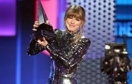 American Music Awards 2018: Màn trở lại bùng nổ của Taylor Swift