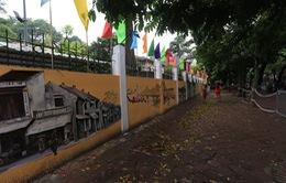 Tái hiện Hà Nội qua tranh bích họa quanh trường THPT Phan Đình Phùng