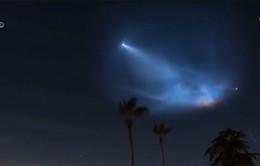 SpaceX đáp tàu vũ trụ, người dân lầm tưởng là người ngoài hành tinh
