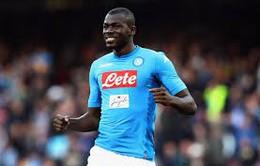 """Napoli đáp trả cực """"phũ"""" với Barcelona"""