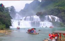 Nhiều hoạt động đặc sắc tại lễ hội du lịch thác Bản Giốc, Cao Bằng
