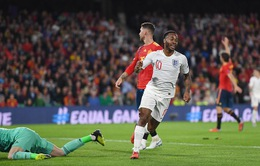 """ẢNH: ĐT Anh giành chiến thắng trước ĐT Tây Ban Nha bằng đội hình """"siêu trẻ"""""""
