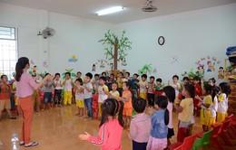 Phụ huynh Đắk Nông góp tiền thuê giáo viên về dạy