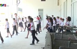 Thừa Thiên Huế: Hàng trăm học sinh tiểu học phải học nhờ tại cơ sở thuỷ sản