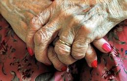 Gần 50% phụ nữ có nguy cơ mắc bệnh thoái hóa thần kinh