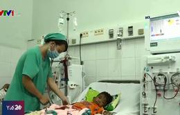 Những đứa trẻ mòn mỏi chờ ghép tạng