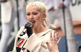 Christina Aguilera đột ngột hủy show