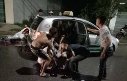Thái Nguyên: 2 xe máy đấu đầu, 7 người thương vong trong đêm